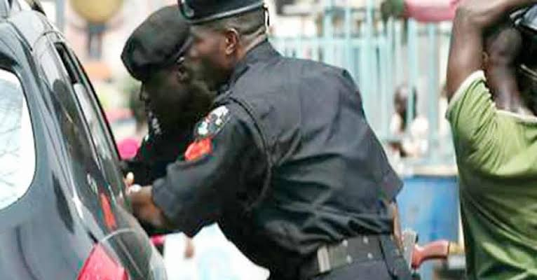 Man Alleges Police Demand For Bribe At Checkpoint Caused Mother' Death