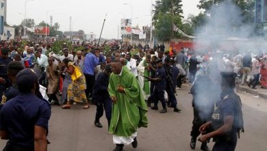 Crisis: Protest Crowded The Street Of Kinshasa