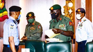 President Buhari Rebukes Service Chiefs But Retains Them In Their Jobs