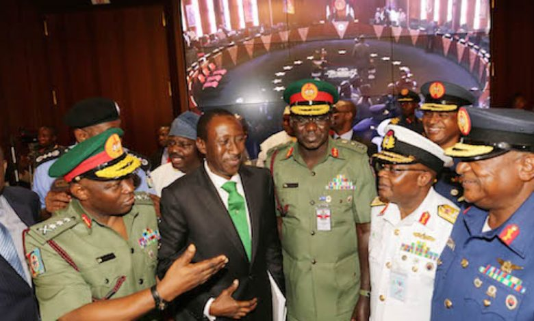Siding With Lawmakers, 8 In 10 Nigerians Want Service Chiefs Replaced