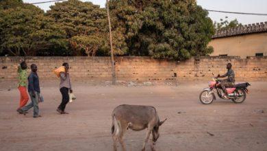 Sudan Armed Men Sack Central African Town