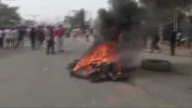 Angry Residents kill Suspected Armed Men, Set Them On Fire